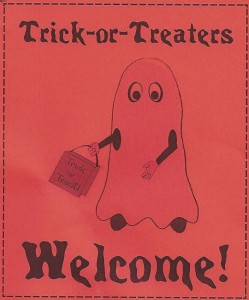 door sign indicating that trick or treaters are welcome