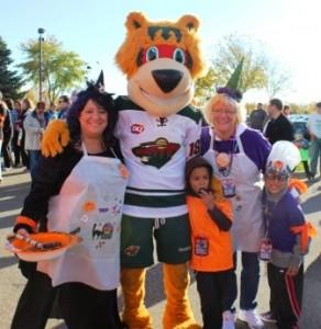 Minnesota Wild Mascot posing at the Twin Cities Kidney Walk