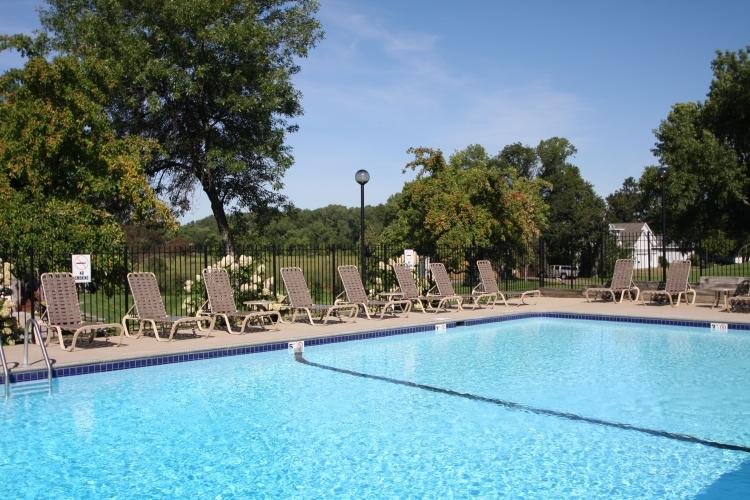 ER Outdoor Pool #2